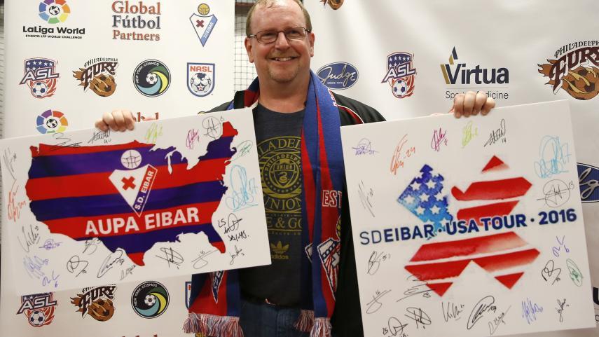 La Peña Eibar USA cumple un sueño gracias a LaLiga World
