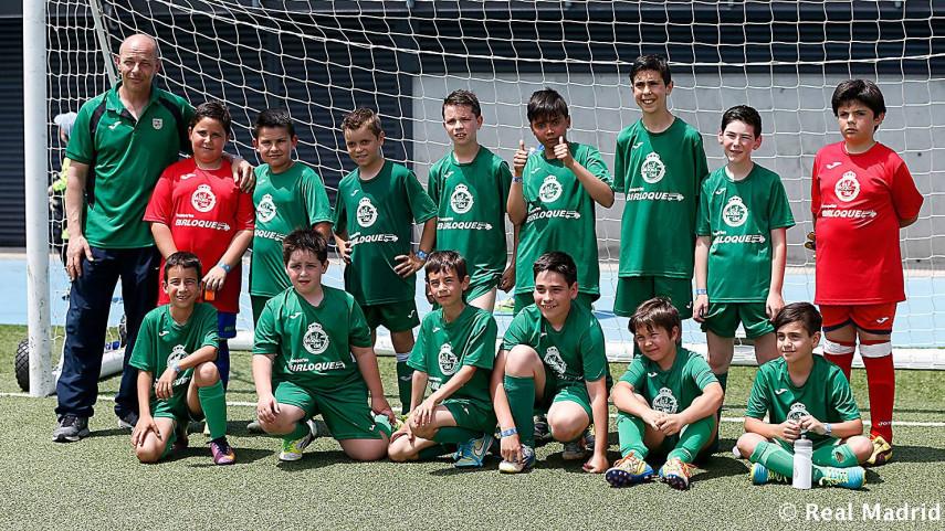 El Real Madrid celebró su 'Torneo de fútbol de las peñas'